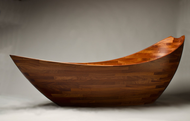 sapele wood tub seth rolland salish sea 2 thumb 630xauto 52142 Wooden Bathtubs for Modern Interior Design and Luxury Bathrooms