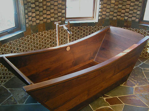 custom-tub-walnut-bath-in-wood-of-maine-1.jpg