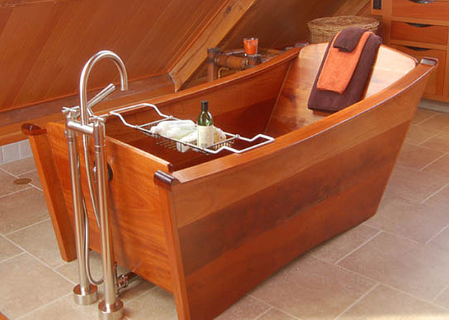 custom-tub-walnut-bath-in-wood-of-maine-2.jpg