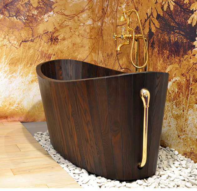 deep-wooden-tub-khis-frants-seer-1.jpg